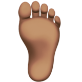 Foot: Medium Skin Tone on Apple iOS 12.1