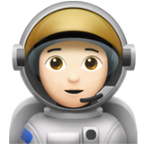 Astronaut: Light Skin Tone on Apple iOS 13.2
